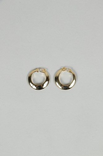 Jane Smith CLIP RING EARRING-GOLD (AC-735L)