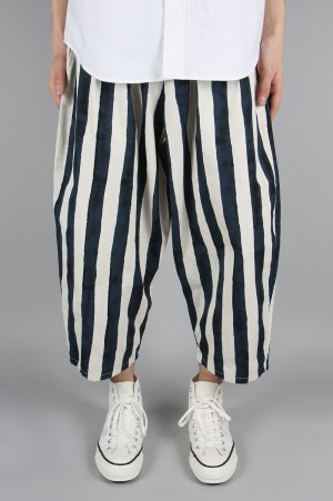 Gold BLEED STRIPES COTTON WETHER BALLON PANTS (GL41796)